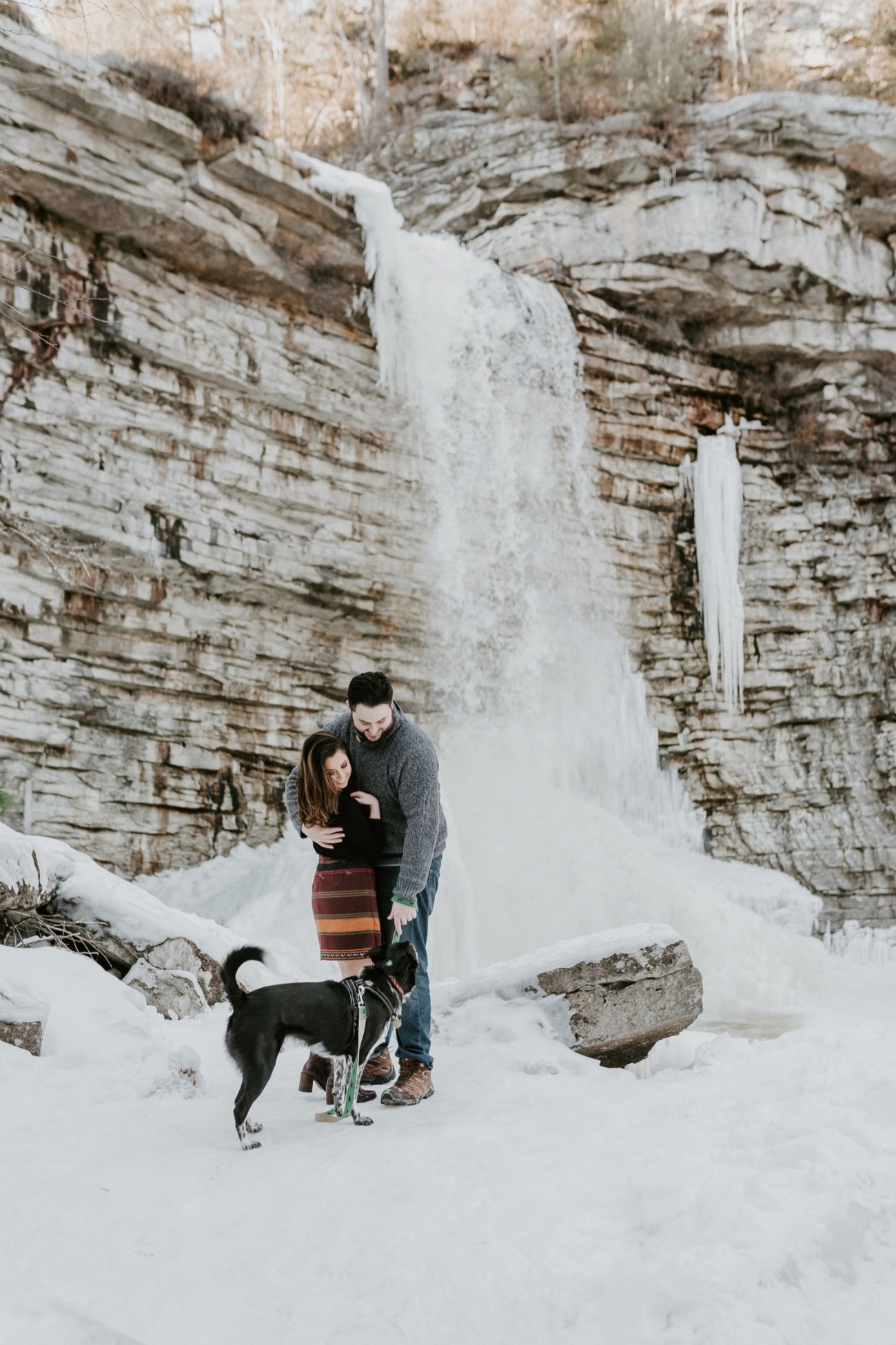07 Minnewaska State Park Minnewaska Engagement Session Winter Engagement Adventurous Engagement