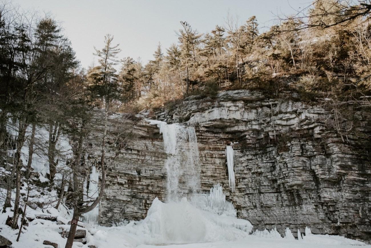 21 Minnewaska State Park Minnewaska Engagement Session Winter Engagement Adventurous Engagement