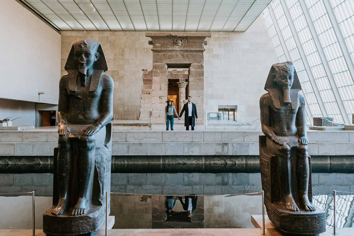 Nyc Wedding Photographer The Metropolitan Museum Of Art Nyc Engagement Session The Metropolitan 01