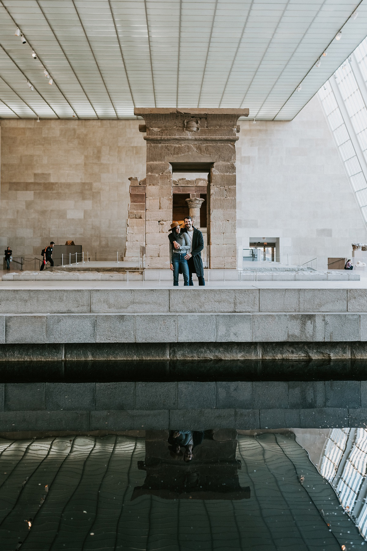 Nyc Wedding Photographer The Metropolitan Museum Of Art Nyc Engagement Session The Metropolitan 02