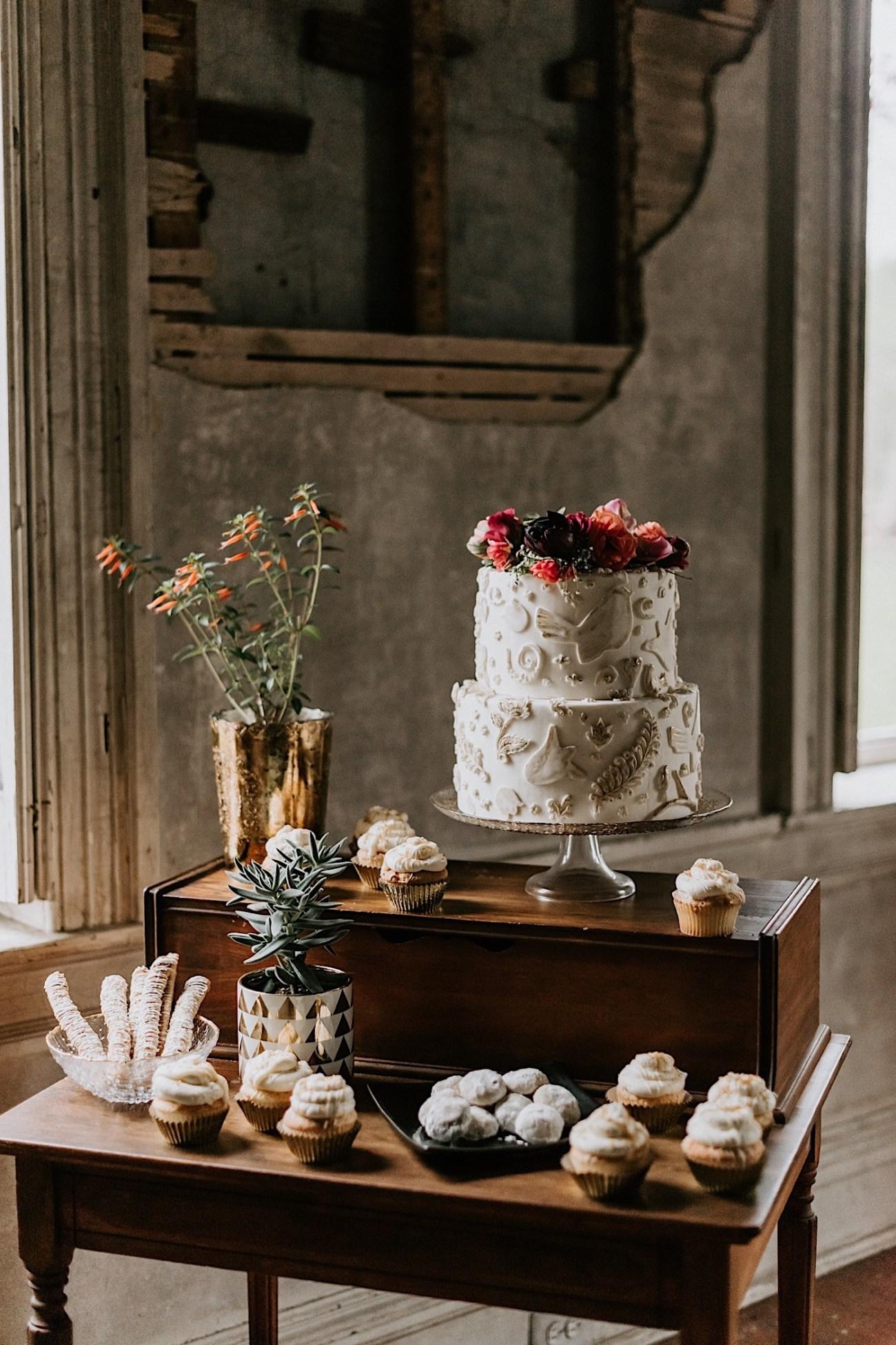 Romantic Phildalephia Wedding Photographer Philadelphia Wedding Venue Barnsley Manor Wedding 48