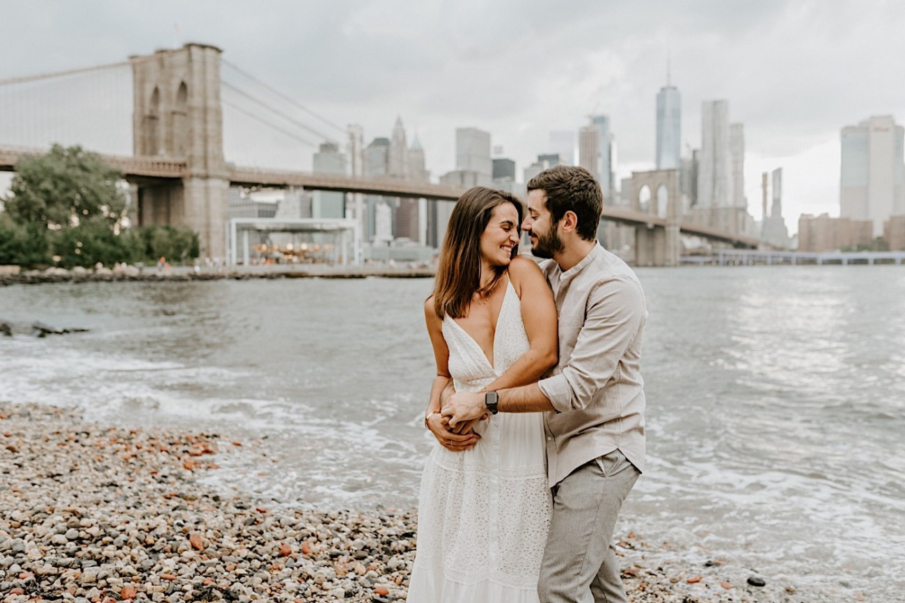 Brooklyn Dumbo Enagement Session Brooklyn Wedding Photographer 05