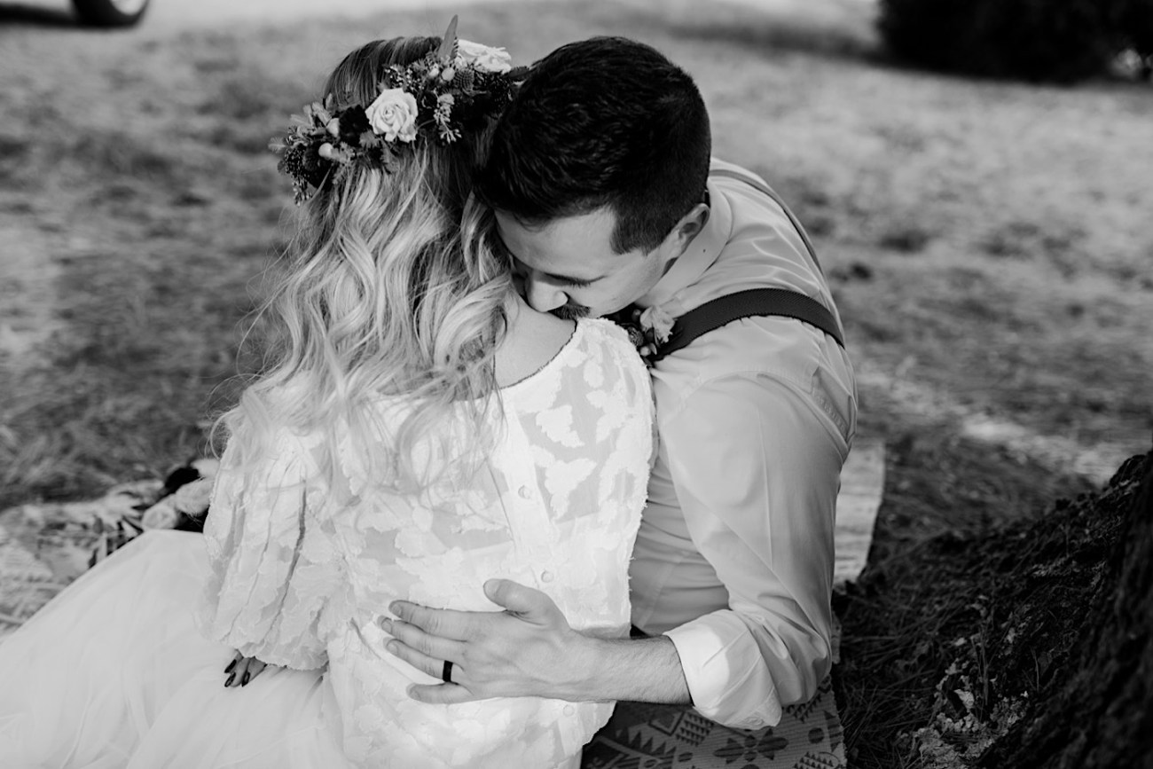 Woolverton Inn Elopement NJ Wedding Photographer Boho Wedding 022