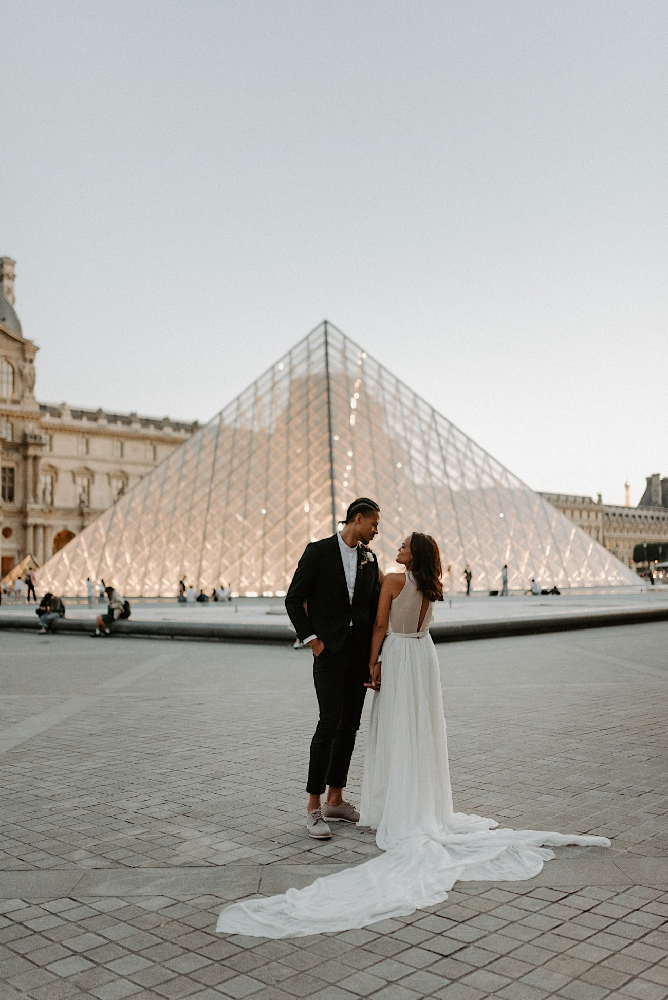 Paris Louvre Wedding Photos Paris Wedding Photographer Destination Wedding France Anais Possamai Photography 25