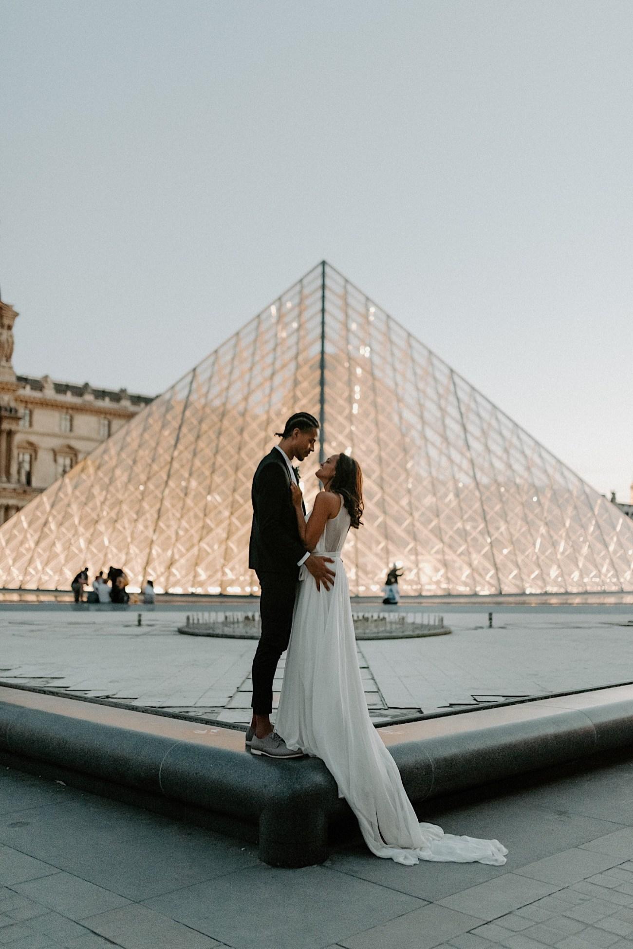 Paris Louvre Wedding Photos Paris Wedding Photographer Destination Wedding France Anais Possamai Photography 28