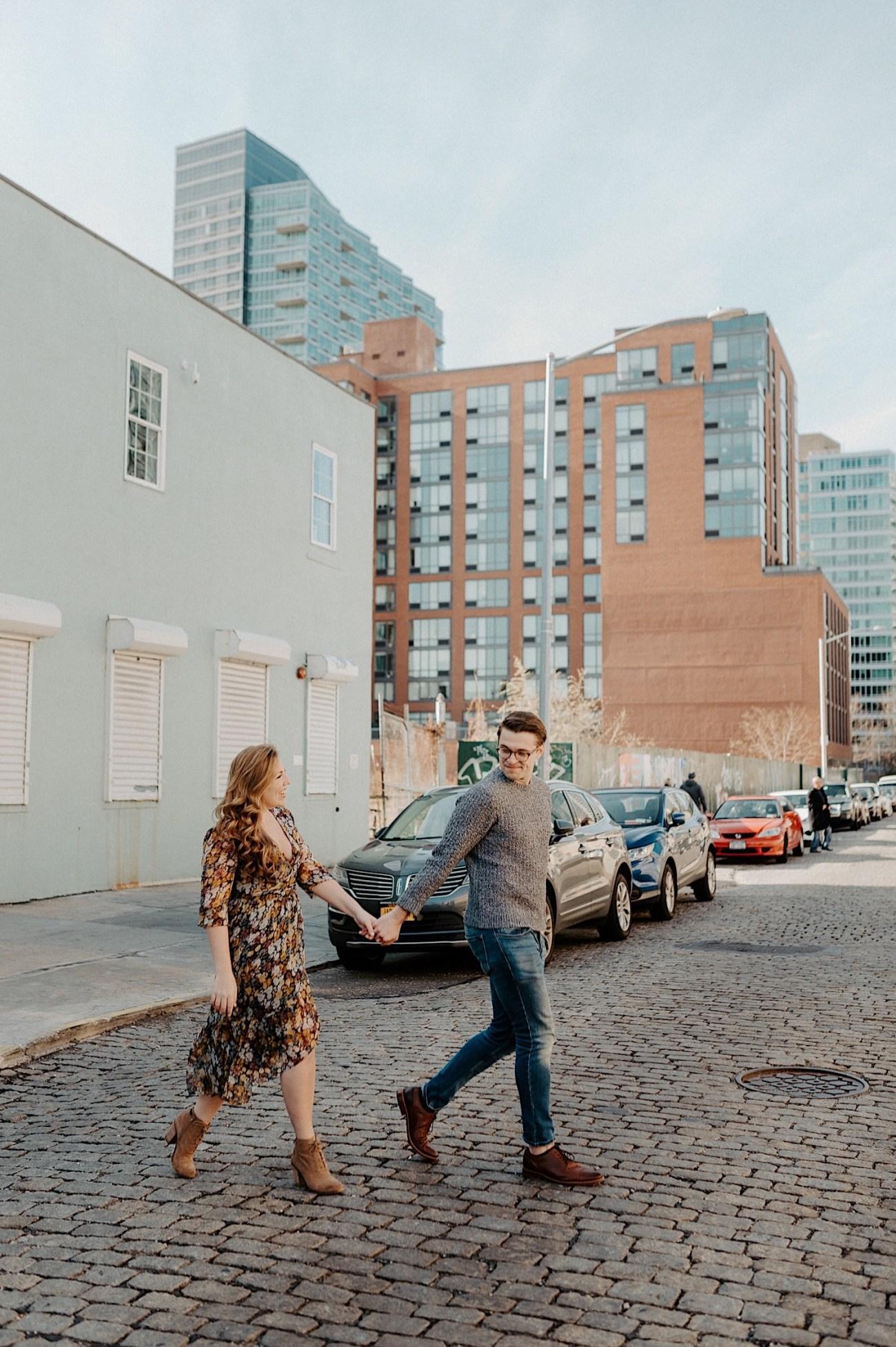 LIC Engagement Photos Pizza Engagement Photos New York Wedding Photographer LIC Boardwalk 008
