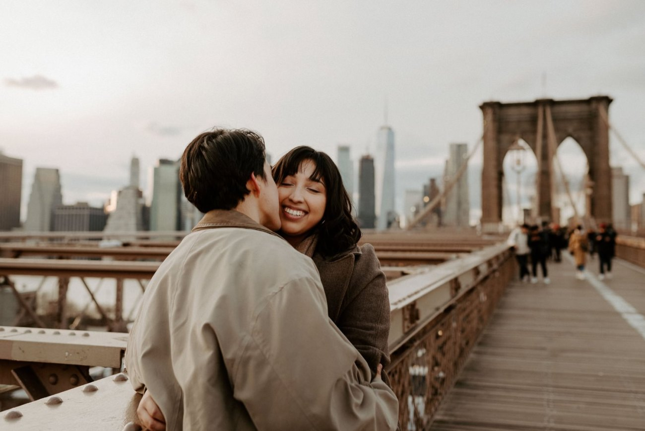 Brooklyn Bridge Sunset Couple Session New York Wedding Photographer NYC Best Engagement Photos Location Anais Possamai Photography 02