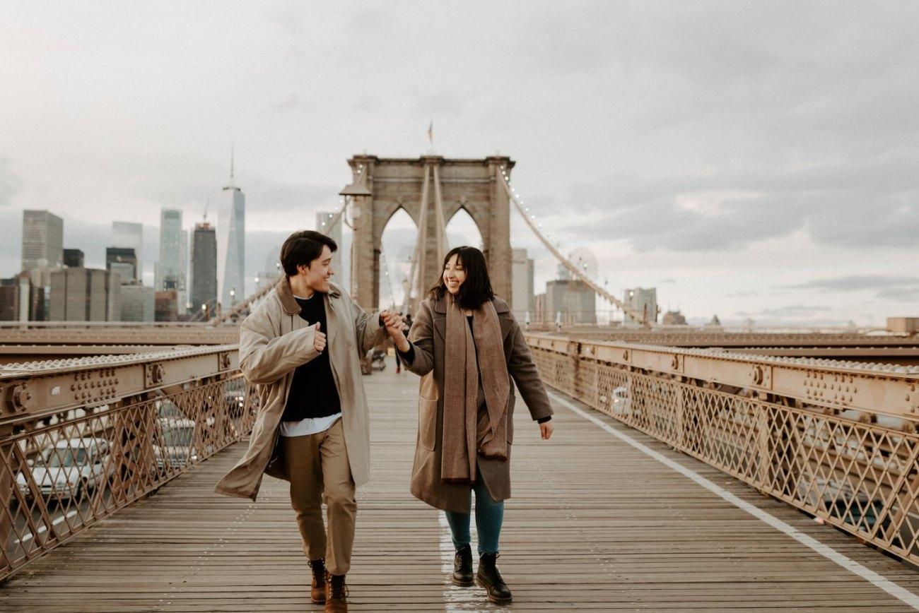 Brooklyn Bridge Sunset Couple Session New York Wedding Photographer NYC Best Engagement Photos Location Anais Possamai Photography 05