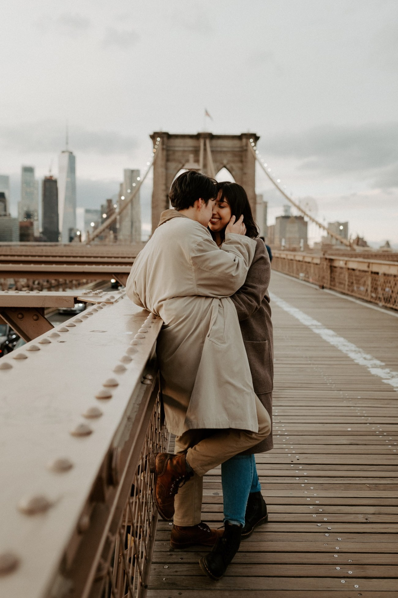 Brooklyn Bridge Sunset Couple Session New York Wedding Photographer NYC Best Engagement Photos Location Anais Possamai Photography 06