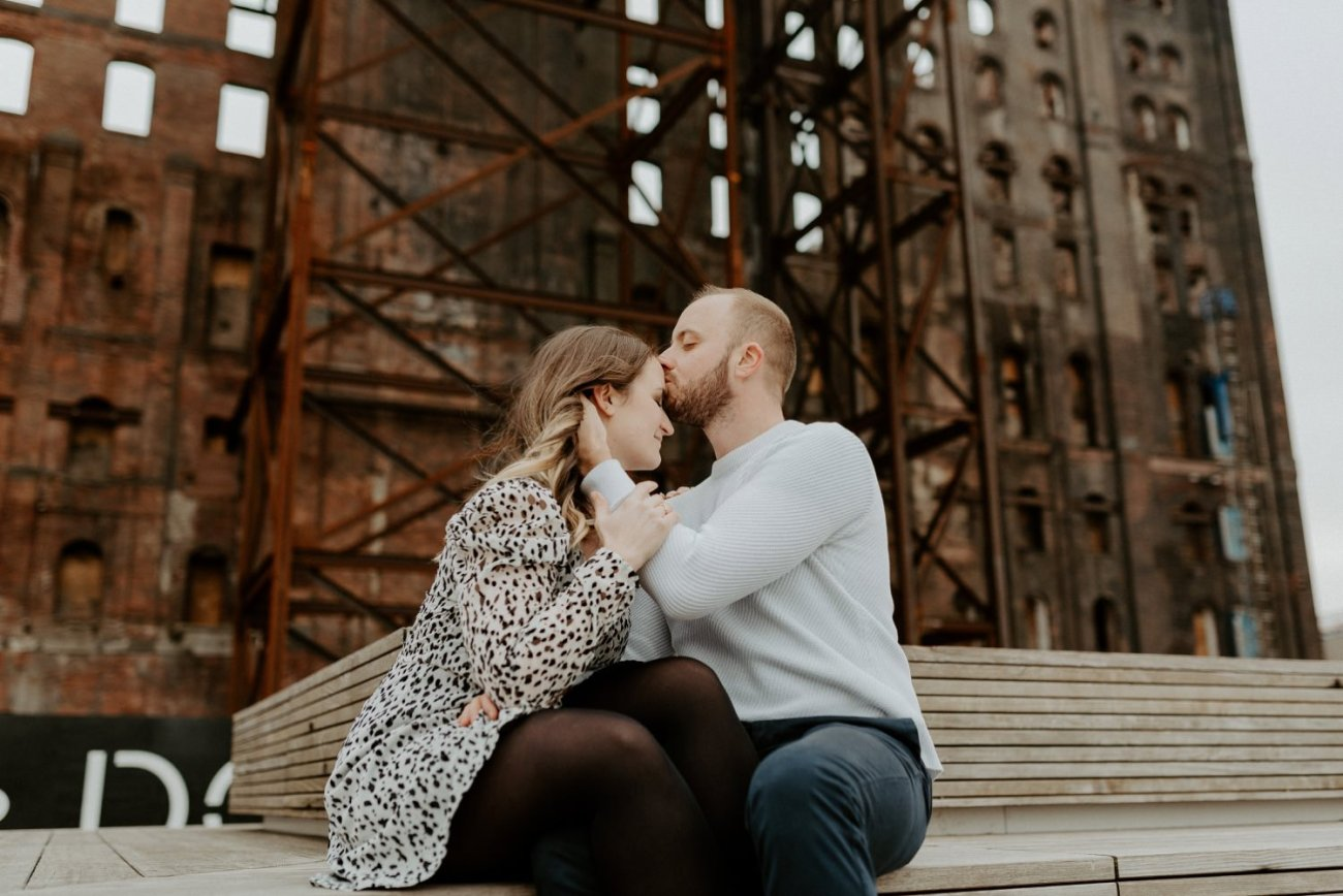 Williamsburg Brooklyn Couple Session Brooklyn Bridge Couple Photos Anais Possamai Photography 13