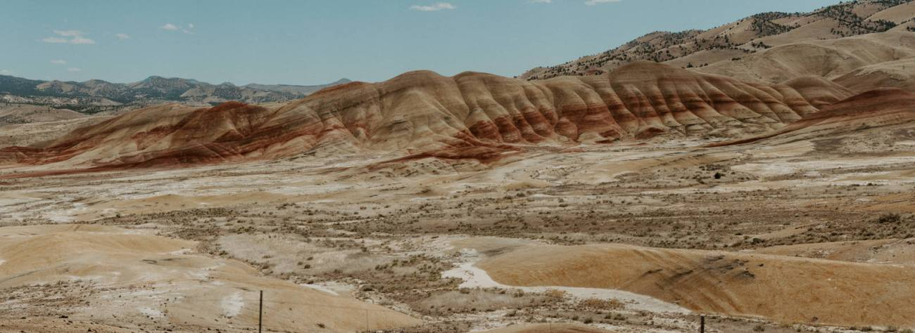 Painted Hills John Dy Fossil Beds National Monument Best Elopement Locations In Oregon Anais Possamai Photography 6