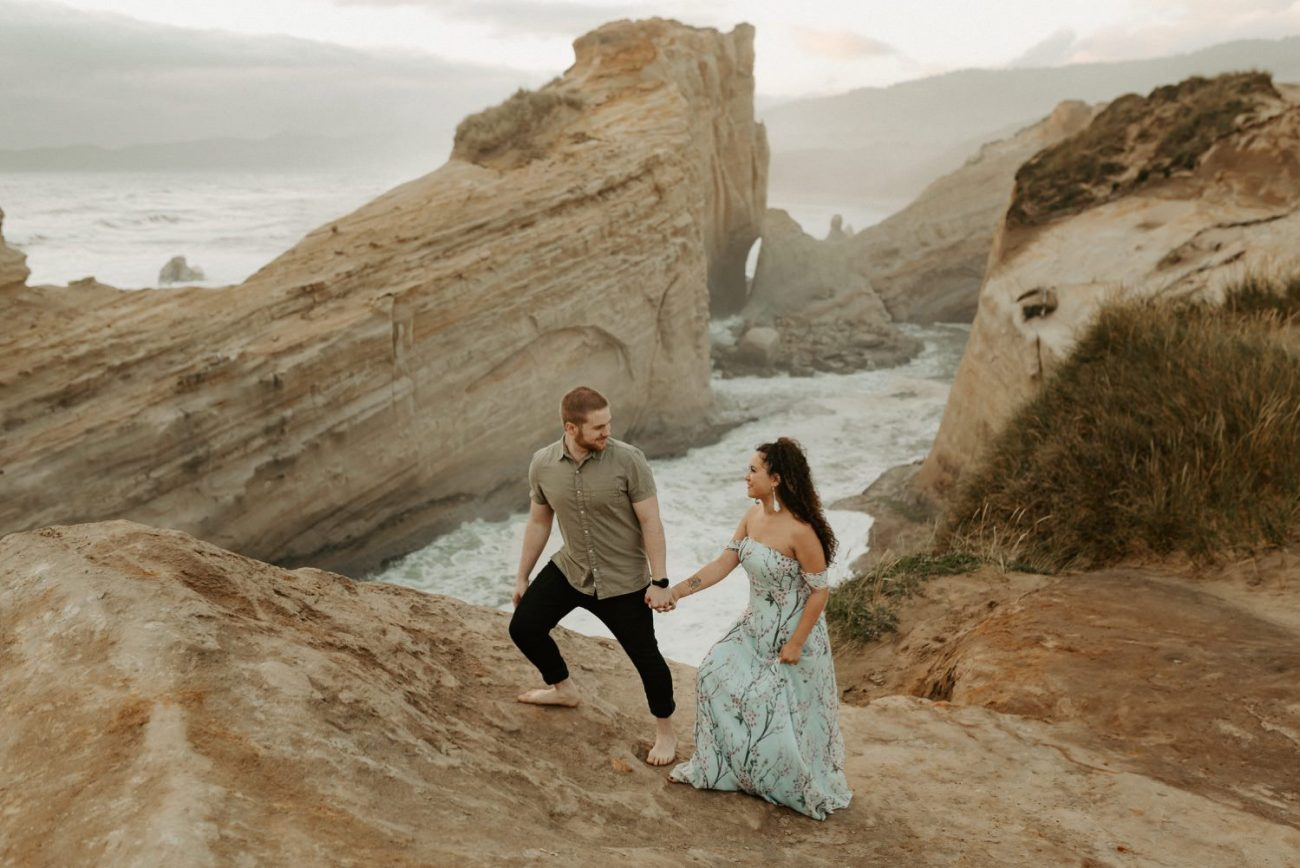 Cape Kiwanda Engagement Session Best Location In Oregon For Engagement Photos Portland Wedding Photographer Anais Possamai Photography 012