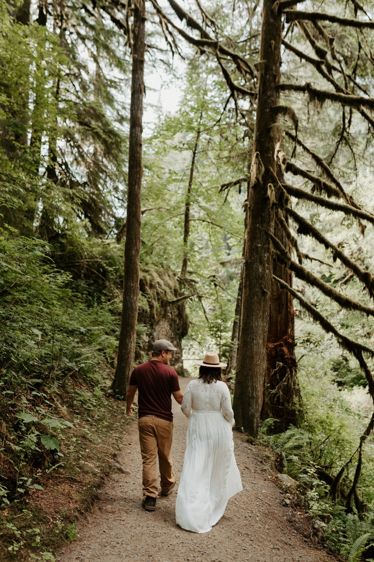 Silver Falls State Park Engagement Session North Falls Engagement Photos Portland Wedding Photographer Oregon Elopement Photographer Anais Possamai Photography 002