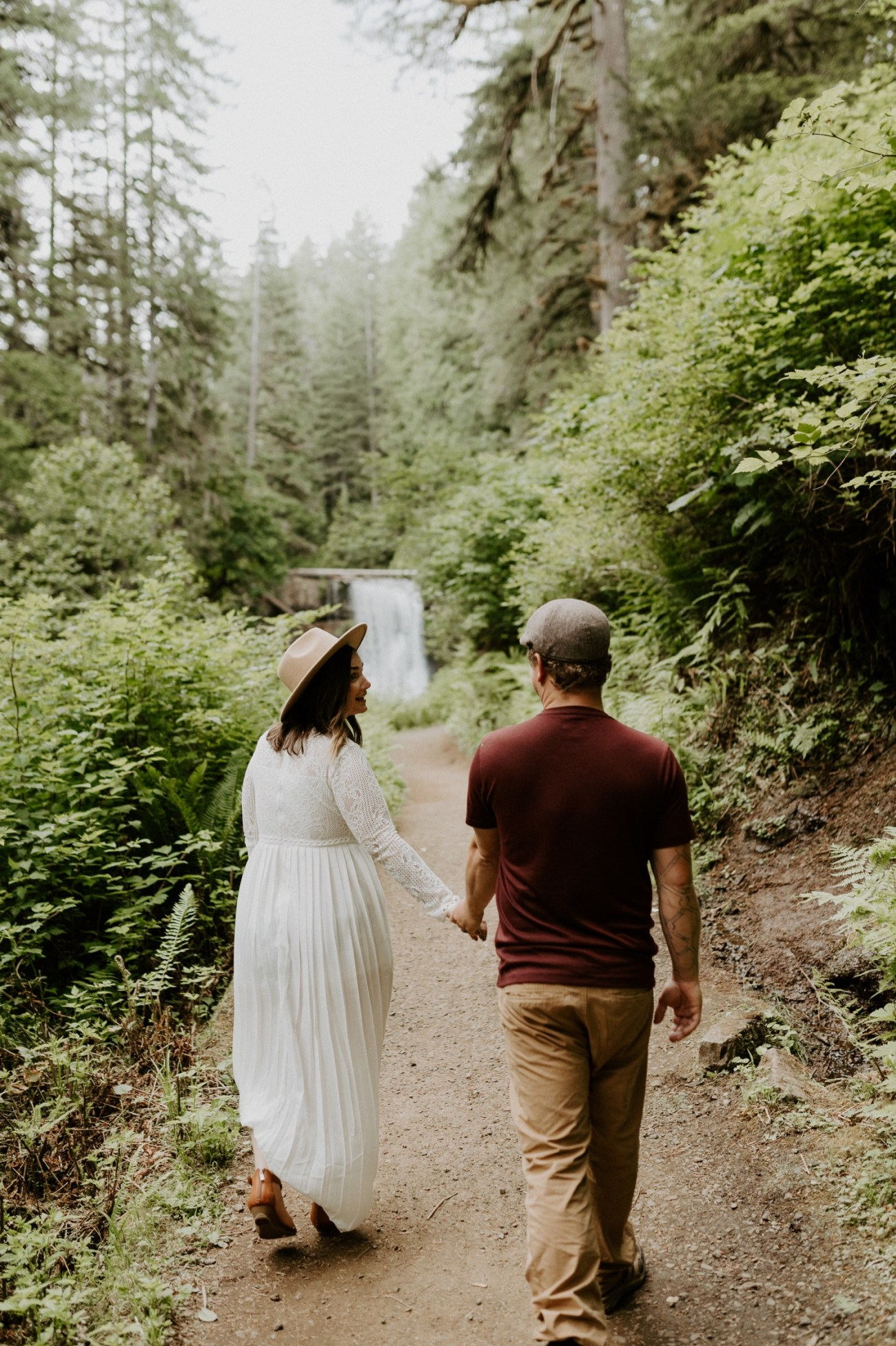 Silver Falls State Park Engagement Session North Falls Engagement Photos Portland Wedding Photographer Oregon Elopement Photographer Anais Possamai Photography 011