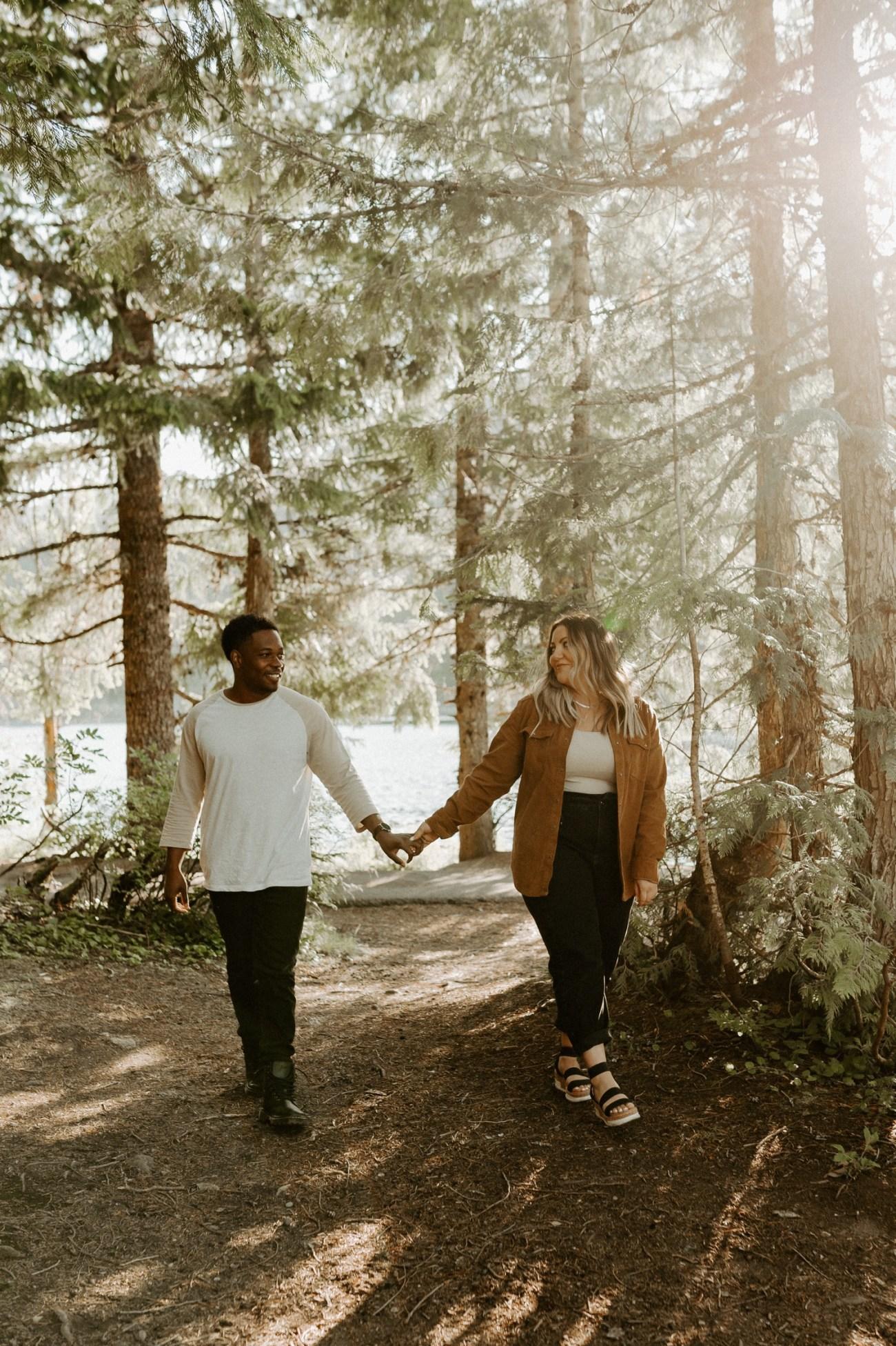 Trillium Lake Mount Hood Couple Session Engagement Session Portland Wedding Photographer Bend Elopement Photographer Anais Possamai Photography 004