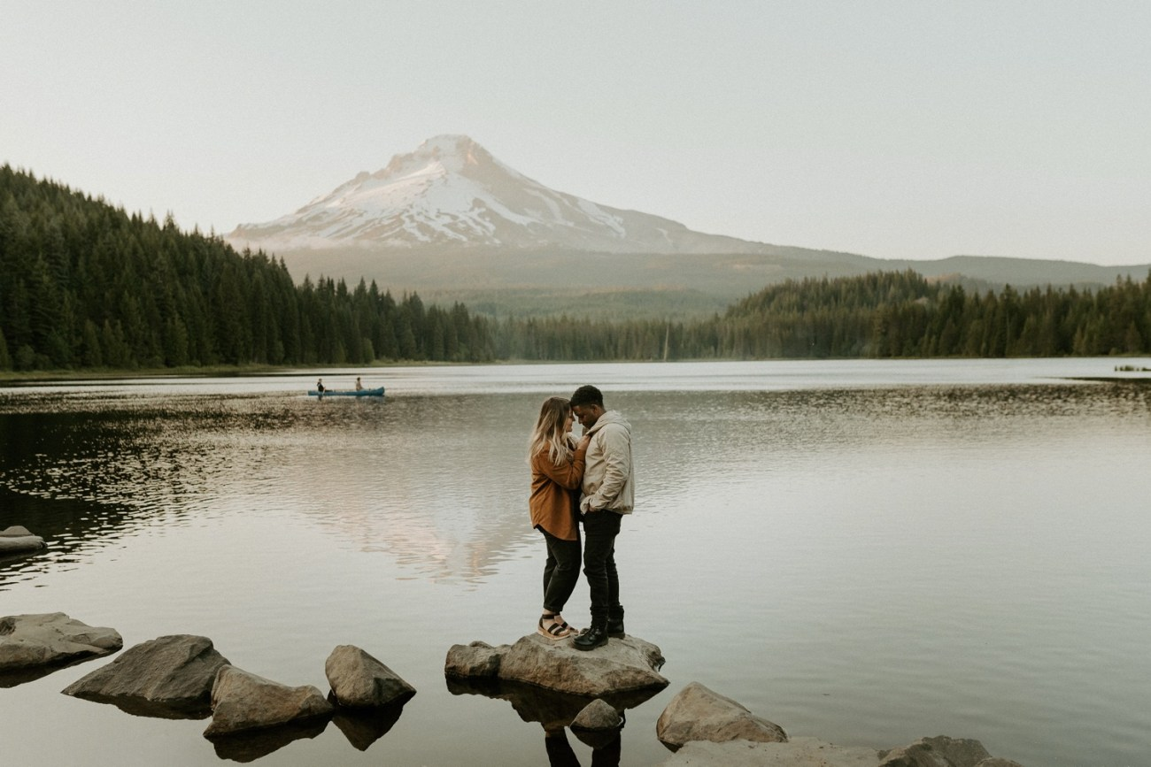 Trillium Lake Mount Hood Couple Session Engagement Session Portland Wedding Photographer Bend Elopement Photographer Anais Possamai Photography 028