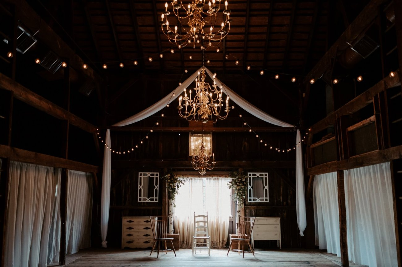 Jacks Barn Oxford New Jersey Wedding Venue inside. New Jersey Wedding Photographer NJ Wedding Venue Rustic Barn Wedding Anais Possamai Photography 031
