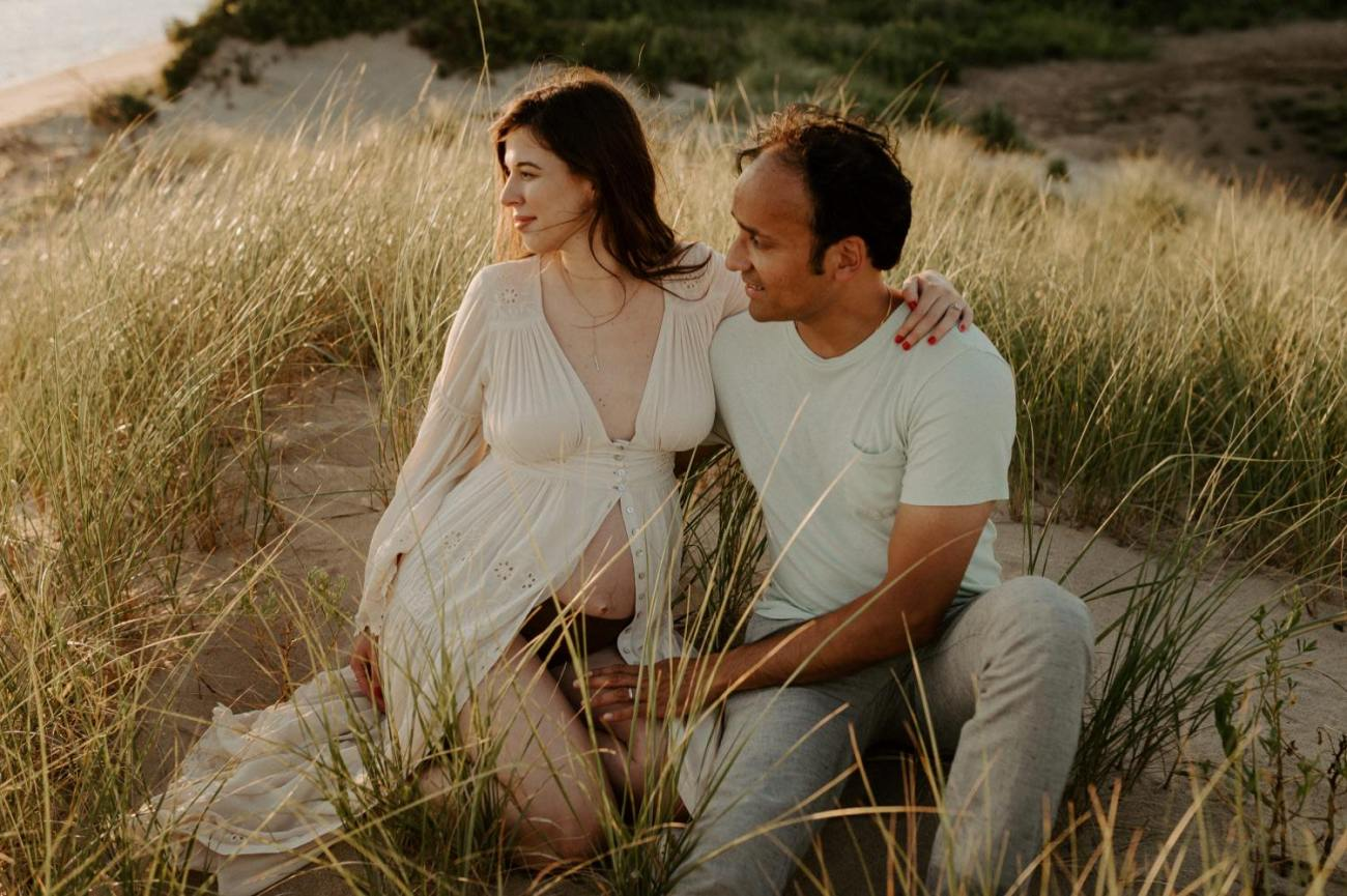 Sandy Hook Maternity Session Oregon Coast Couple Session Oregon Wedding Photographer Bend Wedding Photographer Anais Possamai Photography 003