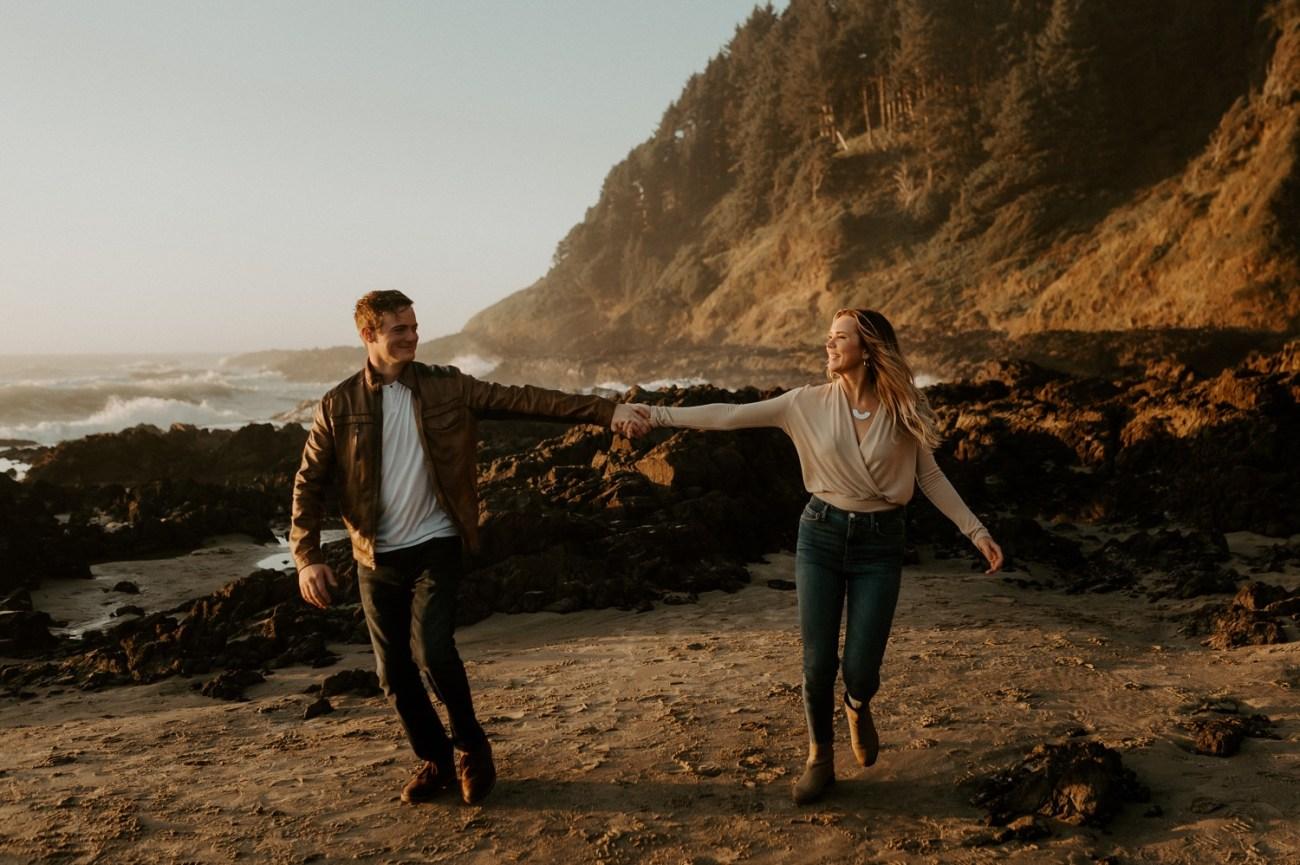 Yachats Oregon Coast Cape Perpetua Engagement Session Bend Wedding Photographer Anais Possamai Photography 030
