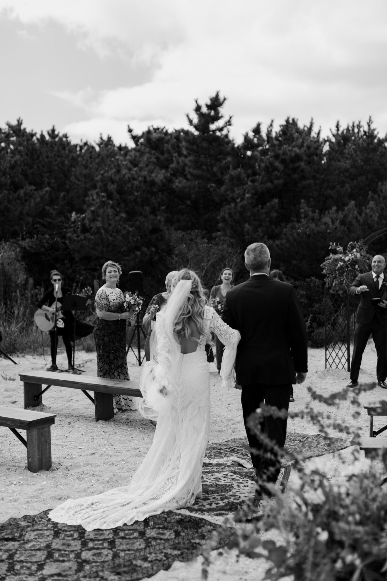 Long Beach Island Wedding Barnegat Lighthouse Wedding Ceremony New Jersey Wedding Anais Possamai Photography Oregon Wedding Photographer 0029
