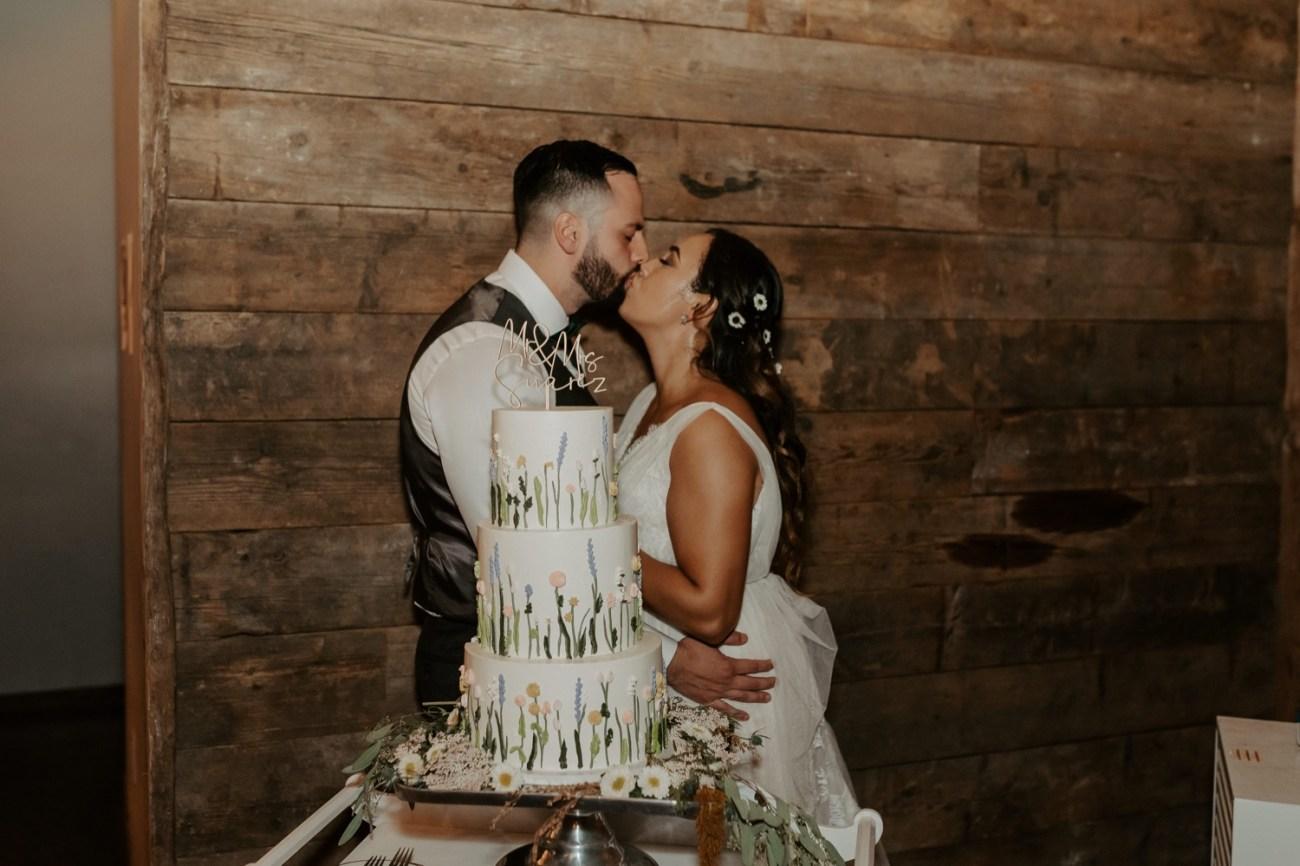 Handsome Hollow Wedding Catskill Up State New York Wedding Photographer Anais Possamai Photography 081