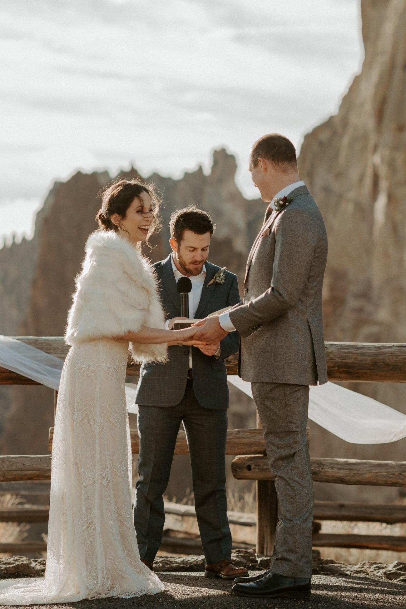 Intimate Wedding In Smith Rock State Park Bend Oregon Wedding Photographer Anais Possamai Photography 010