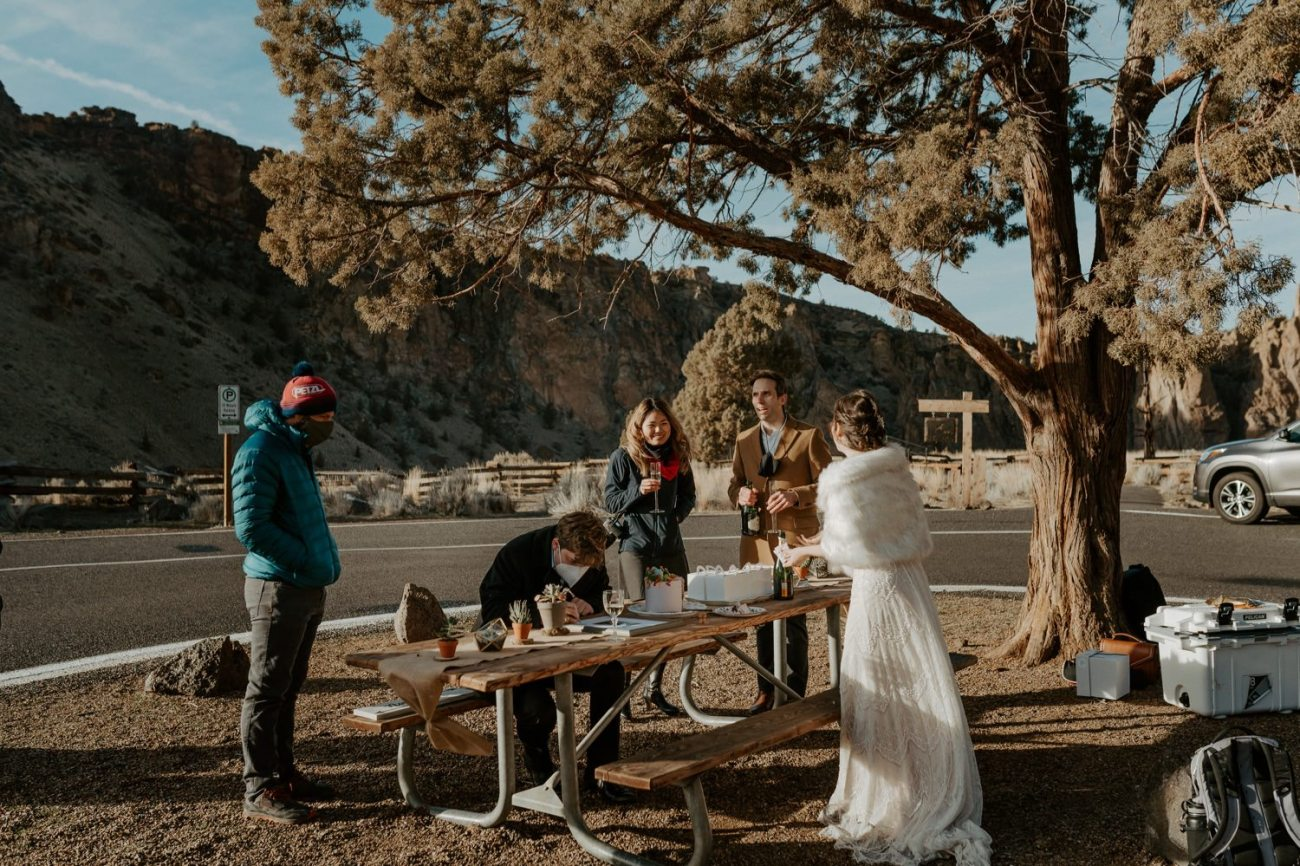 Intimate Wedding In Smith Rock State Park Bend Oregon Wedding Photographer Anais Possamai Photography 024