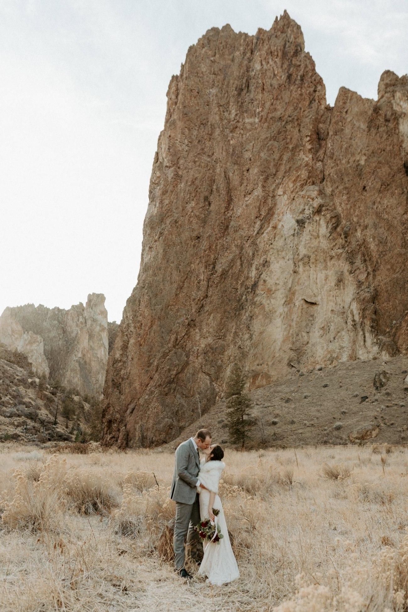 Smith Rock State Park Elopement Bend Oregon Elopement Photographer Anais Possamai Photography 004