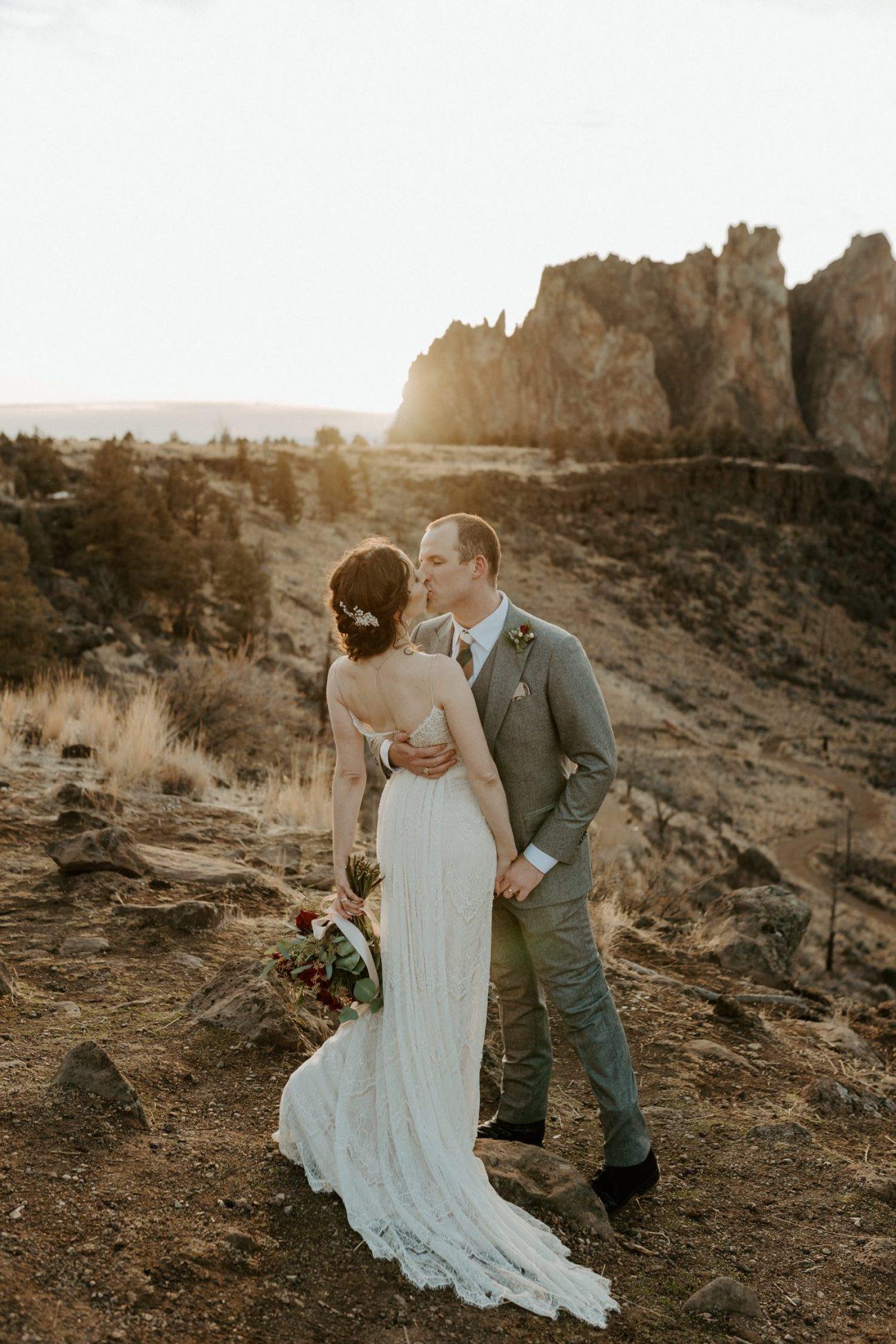 Smith Rock State Park Elopement Bend Oregon Elopement Photographer Anais Possamai Photography 023