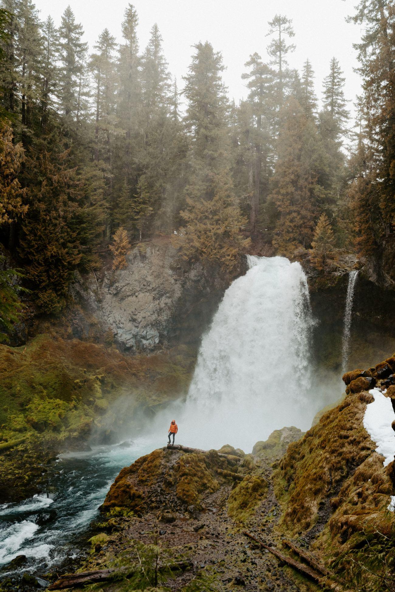 Best Elopement Locations In Oregon Sahalie Falls Bend Wedding Photographer Anais Possamai Photography 001