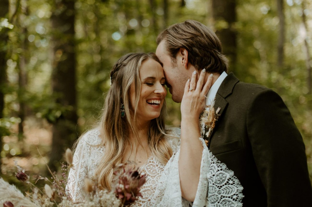 New Jersey Backyard Wedding Vintage Boho Wedding Hemlock Falls NJ Bend Oregon Wedding Phtographer Anais Possamai Photography 034