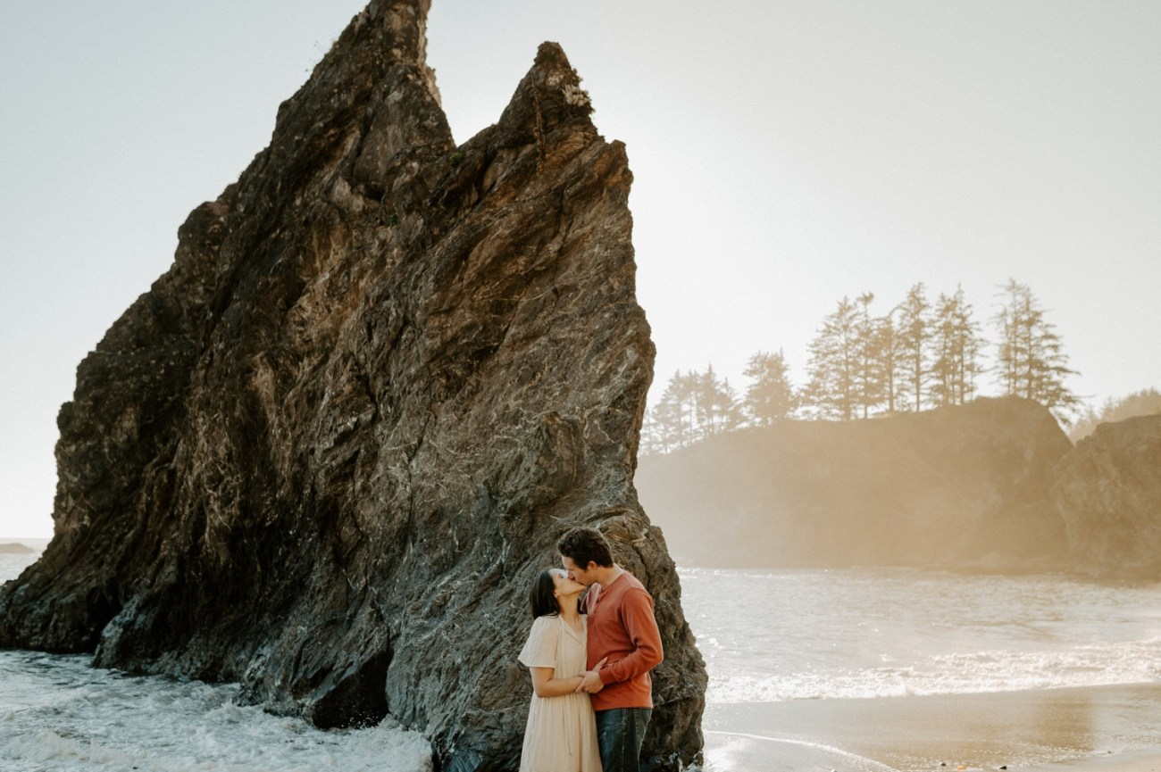 Oregon Coast Brookings Engagement Session Anais Possamai Photography 19