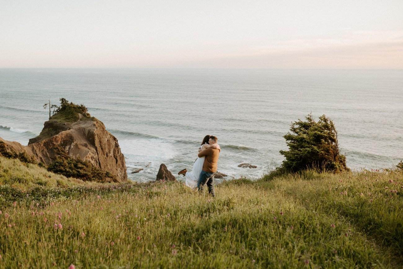 Oregon Coast Gods Thumb Engagement Session Bend Oregon Wedding Photographer Anais Possamai Photography 19
