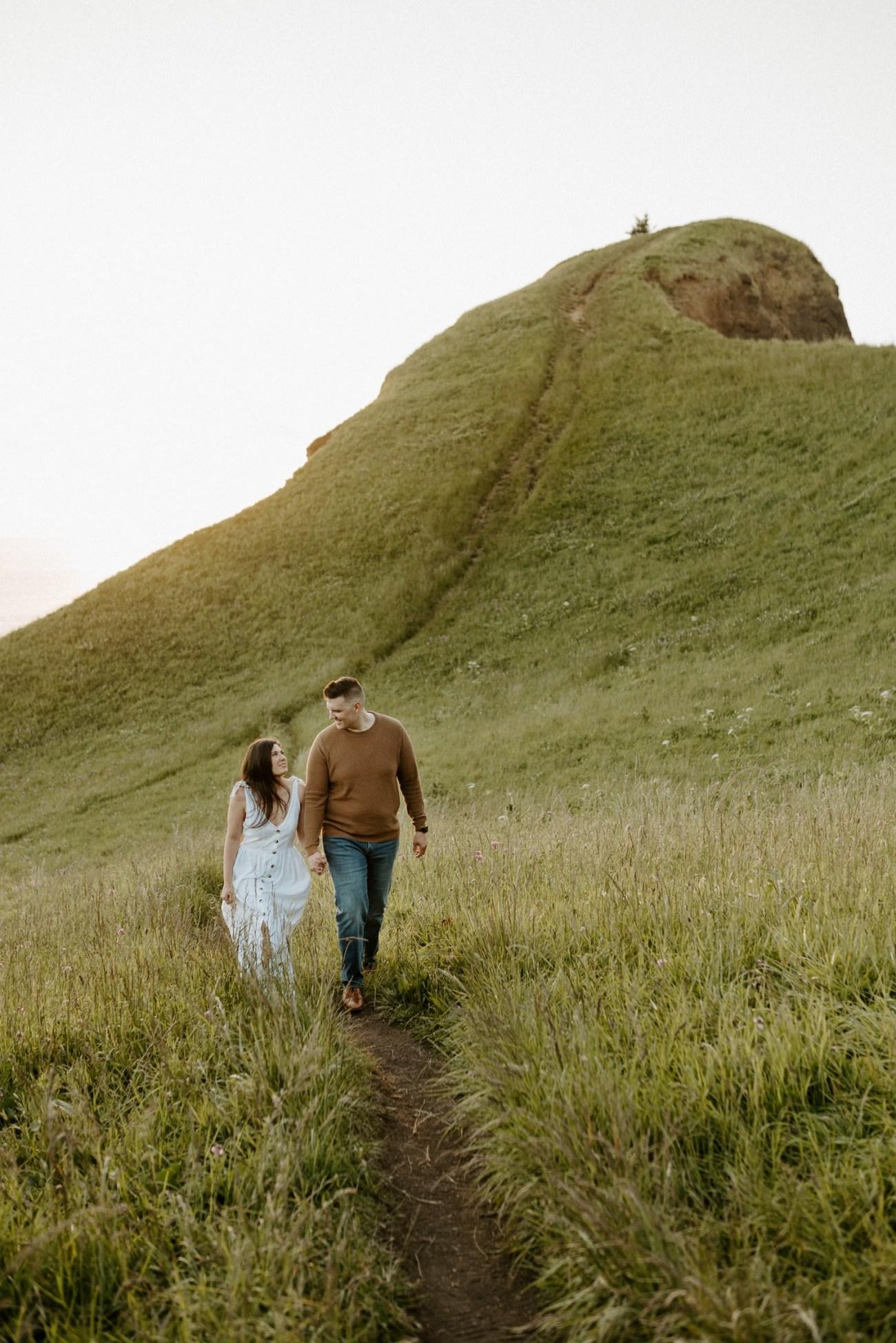 Oregon Coast Gods Thumb Engagement Session Bend Oregon Wedding Photographer Anais Possamai Photography 21