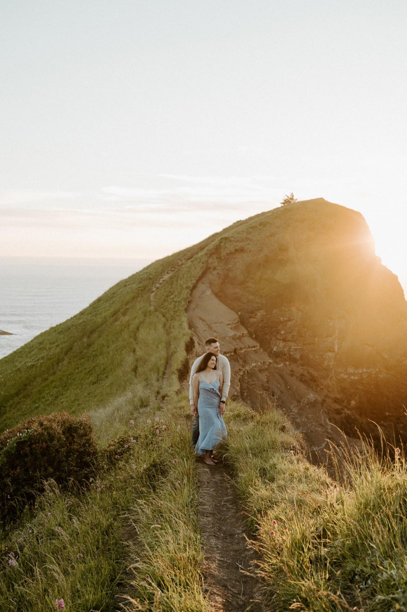Oregon Coast Gods Thumb Engagement Session Bend Oregon Wedding Photographer Anais Possamai Photography 31