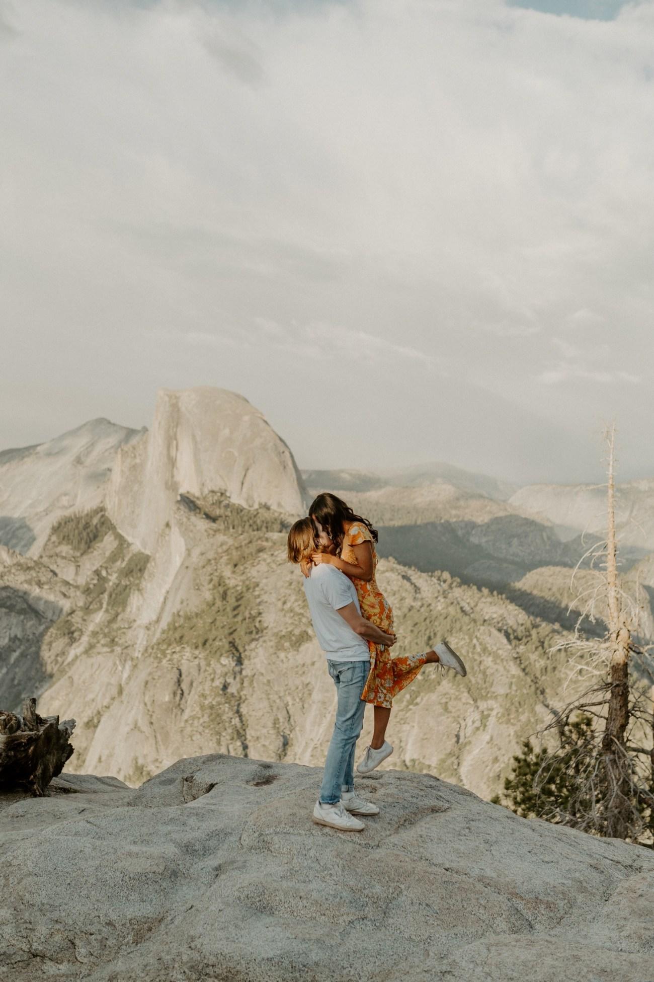 Sunset Yosemite Glacier Point Engagement Session Anais Possamai Photography 09