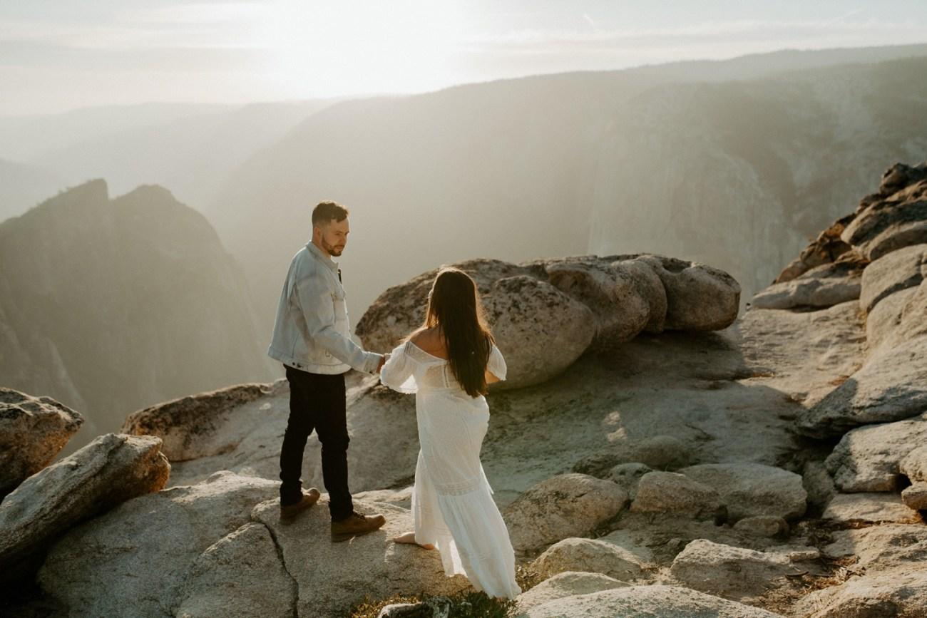 Yosemite Taft Point Engagement Session California Wedding Photographer Anais Possamai Photography 19