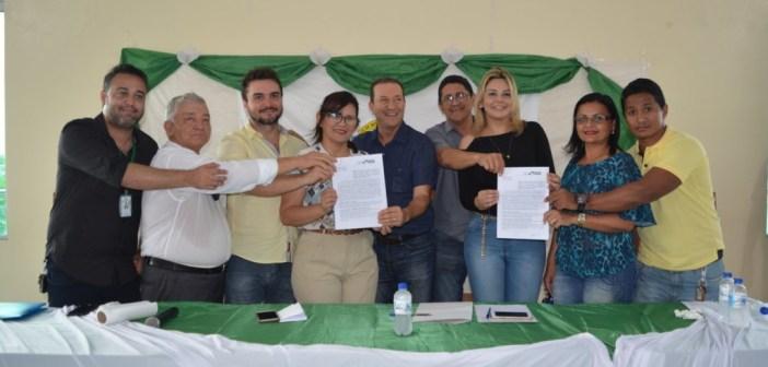 Assinatura do Convênio para reforma do Hospital Municipal de Anajás
