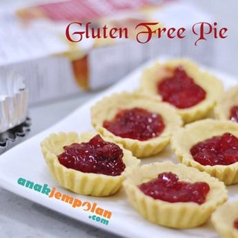 GF Pie with egg replacer no egg