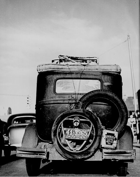 474px-okie_car_rear_view_1941.jpg
