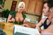 Brandi Edwards drilling in the tabouret with her thick cupcakes in My First-ever Orgy Educator