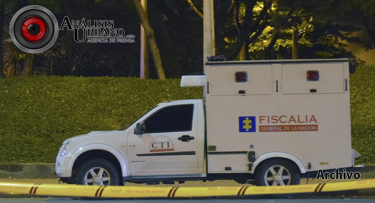 En costales y bolsas hallaron dos cadáveres en la autopista, a la altura de Bello, Antioquia