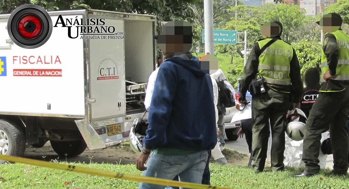 Sentado en la banca de un parque de la América asesinaron a Juan Pablo Aguilar