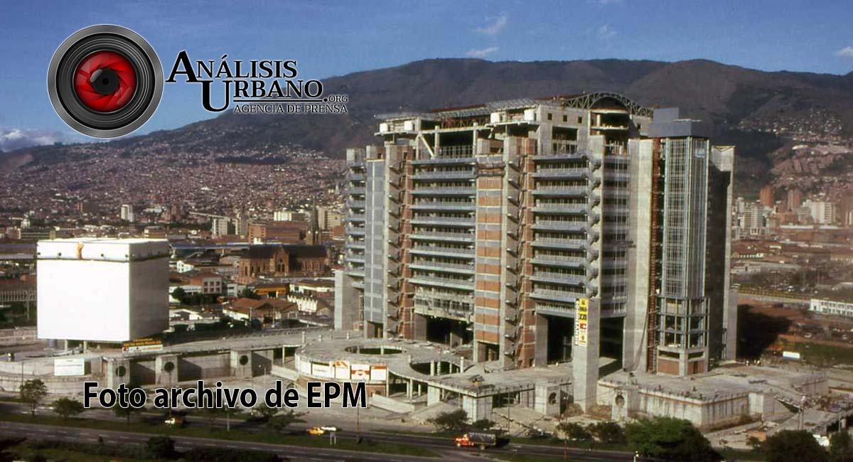 Un hombre murió en el edificio inteligente de Empresas Públicas de Medellín