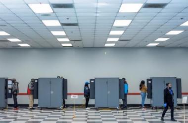 El sistema electoral estadounidense se basa en un cuerpo de 538 compromisarios que se eligen en los estados...