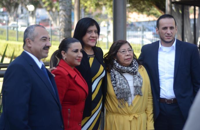 Conmemoran diputados del PRD el Día de la Armada de México