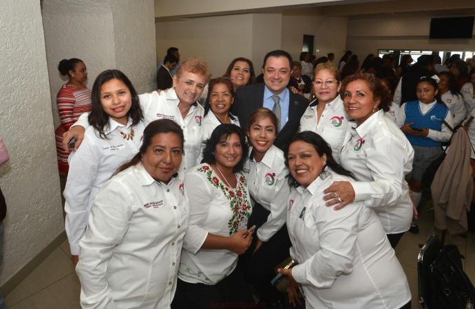 Si hablamos de justicia social, las mujeres van primero: Américo Zúñiga