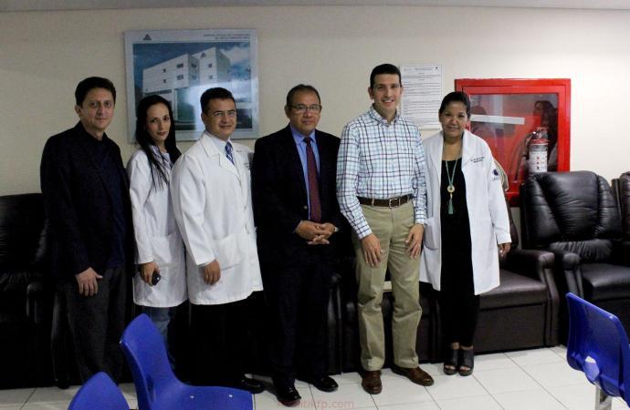 Entrega DIF Xalapa sillones reclinables al Centro Estatal de Cancerología
