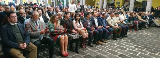 SE RETIRAN COMERCIANTES DE LAS AFUERAS DEL MERCADO MIGUEL REBOLLEDO