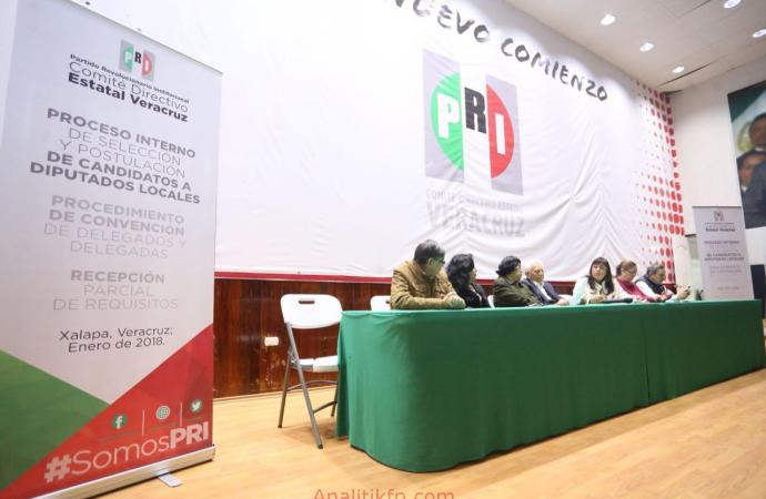 Se registran primeros aspirantes a diputados locales por el procedimiento de convención de delegados